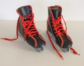 Vintage Blue and Red Boys Children's Ice Skates - size 11 - double runner