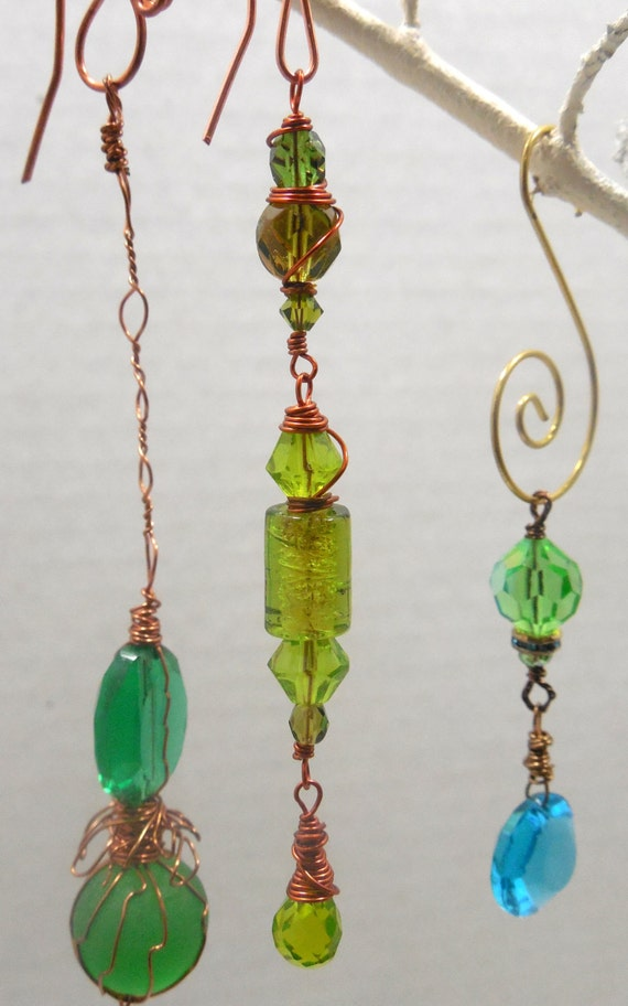 vintage green beaded suncatcher wire wrapped in copper
