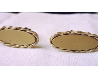 Vintage 1960s Gold Tone Oval Cuff Links