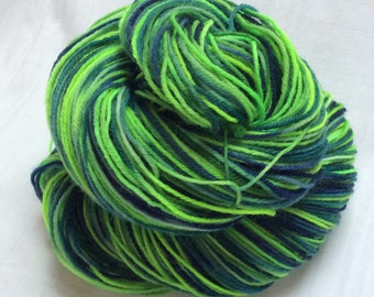 SALE Dip dyed Self Striping Variegated 4ply Knitting or Crochet yarn. 'Flash Gordon' Colorway