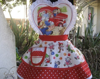 Girls Hostess Apron Pam Kitty And Friends