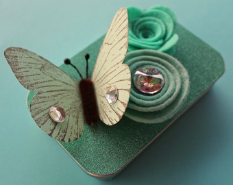 Butterfly Altered Gift Card Holder, Keepsake Mini Tin/ Mint Butterfly