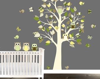 Vivid tree decal, Vinyl Wall decals, tree decals, Nursery wall decals, Owl wall decal, gender neutral, greens