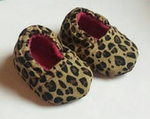 Cheetah Baby Booties Size 0-3 months