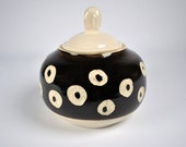 Ceramic Pottery Jar, Pottery Cookie Jar, Candy Jar, Treat Jar