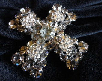 """Vintage """"Weiss"""" Estate Brooch 1960s - Maltese Cross - Crystal - clear and smoky gray faceted Rhinestones, pronged in silver tone setting"""