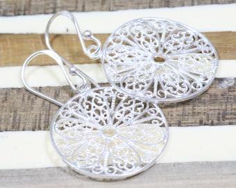 Vintage Silver Filigree Earrings- Filigree Earrings- Silver Earrings- Round Earrings- Dangle Earrings- Ornament- Sterling silver
