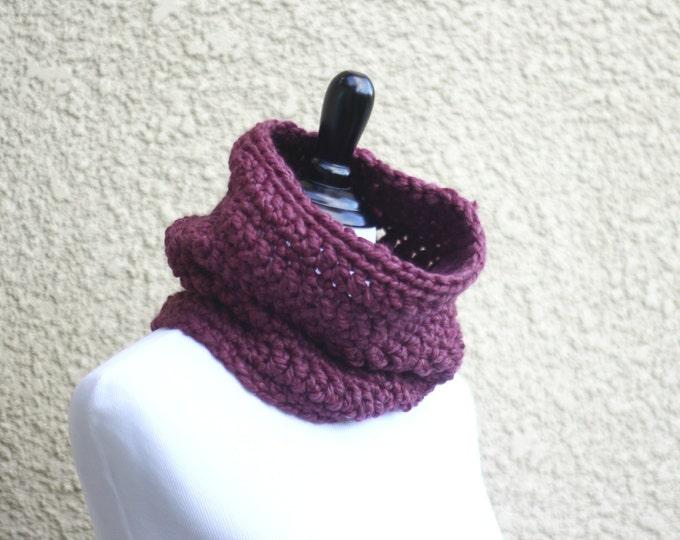 Chunky crochet cowl mothers day gift scarf plum purple crochet neckwarmer chunky cowl