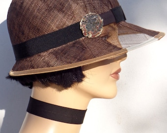 Flapper hat, brown weeding hat, brown sinamay cloche with veil effect, sun hat, retro hat, vintage hat, 20s wedding, great Gatsby hat