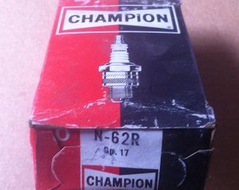 Champion Spark Plugs N62R Racing plug Auto Motorcycle NOS Made USA
