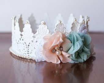 Lace Crown in White - Mini Crown - Baby Lace Crown - Shabby Chic - Alice in Wonderland