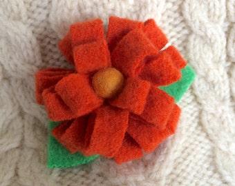Mini Orange Daisy Wool Flower Pin