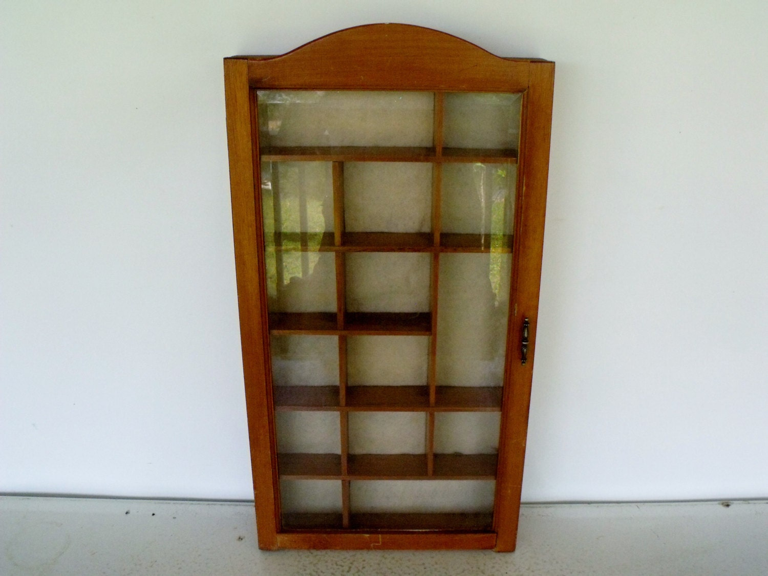 1125 #6C360A Curio Cabinet Wood Display Case Glass Door Felt Lined picture/photo Wood Glass Doors 41591500