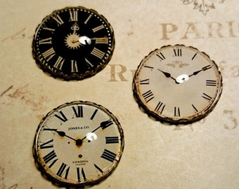 Set of Clock Face Decorative Glass Magnets