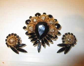 Vintage Juliana D&E Black Rhinestone and Filigree Pin and Earring Set Goldtone Formal Night Jewelry