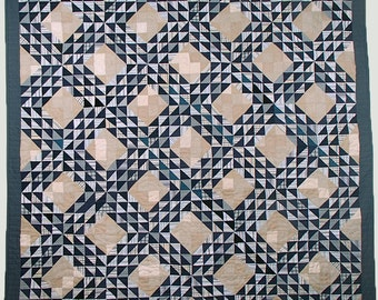 Ocean Waves Replica Quilt, Hand-quilted, Classic Quilt, Vintage Quilt Design, Blue and White Quilt, Silk Quilt, Handmade Quilt