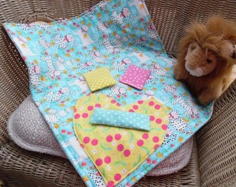 Cat Blanket with 3 Organic Toys Nip Napper Polka Dot Kitties