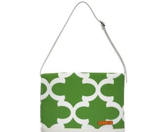 FOXY VIDA Vegan Leather Diaper Clutch SET & interior Wet Bag in Moss Green Ahoy