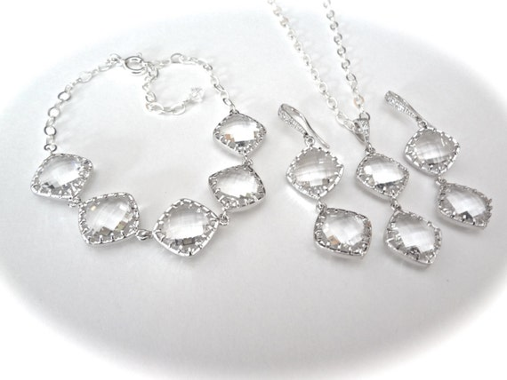 Brides jewelry set - 3 piece set ~ Necklace,bracelet,and earrings set - Clear crystal ~ Diamond shaped - Sterling silver - Bridal Jewelry -