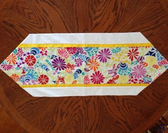 Beautiful Spring Table Runner
