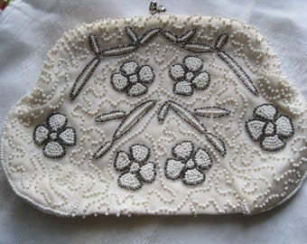Pretty Vintage White and Silver Beaded Purse with Flower Design by Dormar