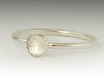 Moonstone  ring - Stackable Sterling Silver Moonstone  ring - 5mm stone
