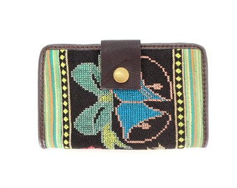 Vintage Leather Wallet Clutch Feature With Embroidered Fabric (SP5600.1)