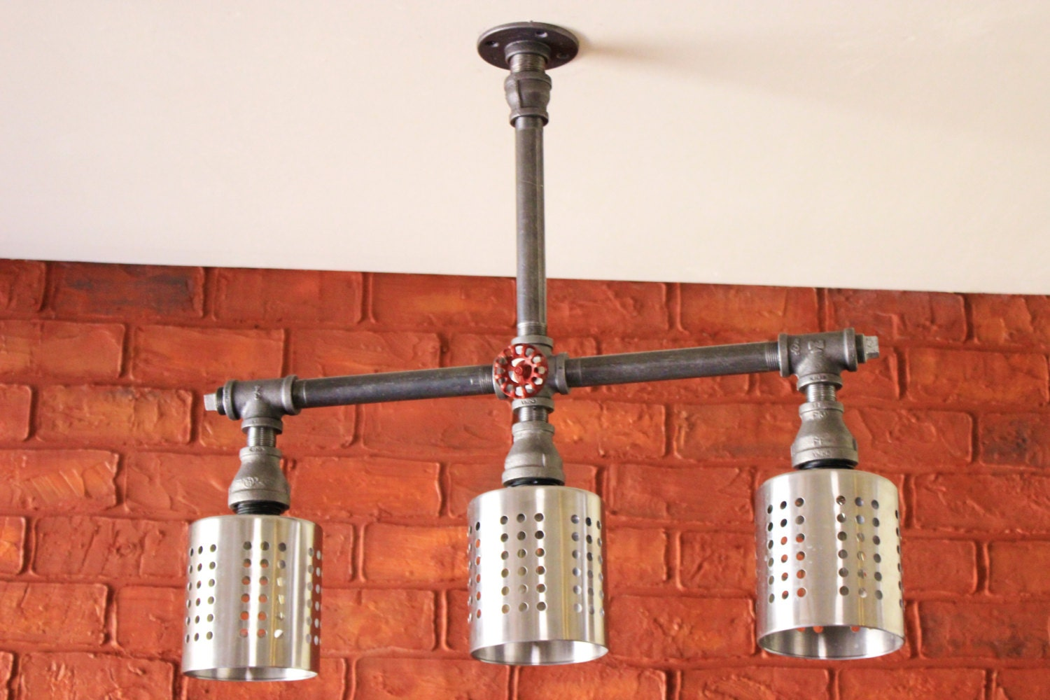 Industrial lighting kitchen island bar lihgting hanging for Bar fixtures