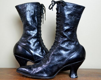 Vintage Selz Chicago Victorian Black Leather Gothic High Heeled Boots