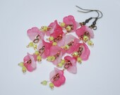Pink and Green Earrings, Lucite Flower Cluster Earrings, Lucite Flower Dangle Earring, Flower Cluster Earrings, Pink, Light Green