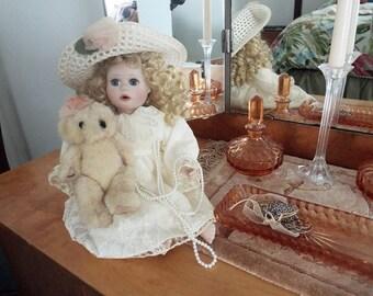 Vintage Doll Alicia, Ashton Drake Porcelain Doll, RARE, dlrs87.00