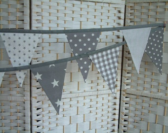 Banner, bunting. Grey (gray) & white, 7 feet long, 2.10m. Double-sided flags, pennants. Modern home decor, preppy, photo prop, weddings etc.