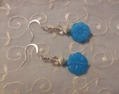 Darling Floral Beaded Pierced Earrings with Blue Glass Flowers & Crystal Beads