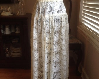 Vintage Cream Colored Lace Over Skirt with Elastic Waist Size Small