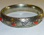 Coral Silver tone Bangle Bracelet Boho Tribal Chunky Pewter color Vintage 70s