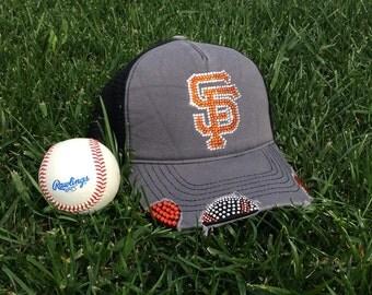 San Francisco Giants baseball bling hat #giants #sfgiants #sfgiantsbling #sfgiantsblinghat #giantsbling / giants / custom bling/ rhinestones