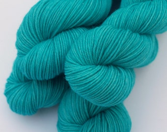 Hand Dyed Fingering/Sock Yarn, Solids for Gradient, Ombre, Superwash Merino / Nylon, Bright Turquoise