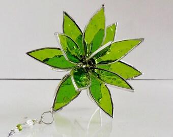 Green Stained Glass Suncatcher. Flower. Flower of Life, Swirl.