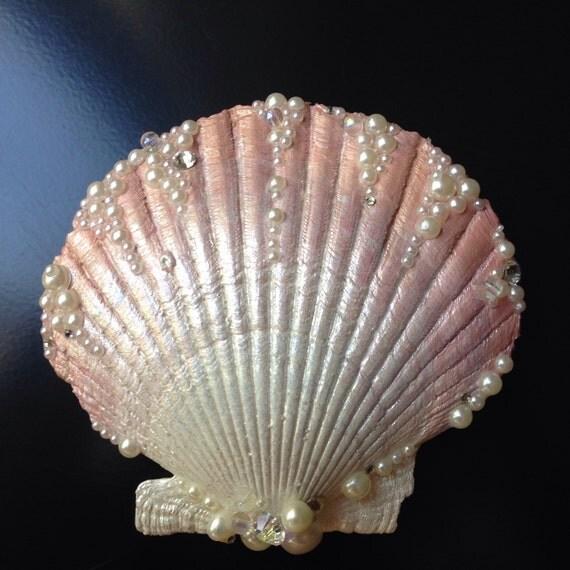Rose gold seashell hair clip for Seashells for hair