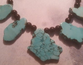 TURQUOISE CHUNK NECKLACE