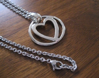 Vintage silver heart necklace.  Romantic.