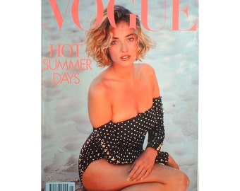 Vintage Vogue Magazine - May 1989 UK edition with cover photograph by Herb Ritts.