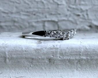 Vintage 14K White Gold Diamond Wedding Band - 0.35ct.