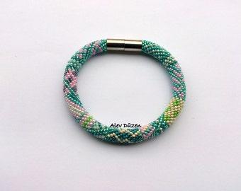 DISCOUNT - Carribean Sea Bracelet Bead Crochet Bracelet / Handmade Turquoise-Pink Crochet Bracelet /  Bead Crochet Bracelet