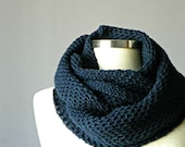 SALE, Knit scarf, infinity scarf, chunky Cowl scarf, winter accessories, unisex, circle scarf, cowl scarf, chunky scarves