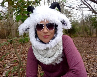 Lamb Ram with faux leather adjustable Horns Aviator Trapper Hat