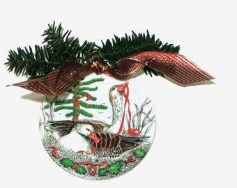 Holiday Geese Six Inch Plaque Midwest Importers Red Ribbon and Holly Christmas Decor Ceramic Wall Plate Plaque