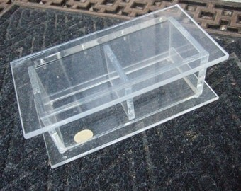 NEIMAN MARCUS Sleek Lucite Small Decorative Box c 1970s