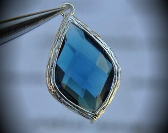 2 Pcs Rhodium Plated Bezel Brass Faceted Glass Lemon Drop 17mm Connector - Blue Sapphire