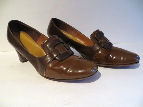 vintage 50s womens shoes brown patent leather buckle